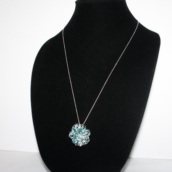 """Beautiful silver and blue wire necklace 24"""""""